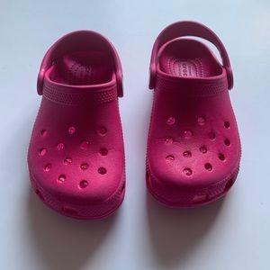 EUC Hot Pink Crocs Size: 10